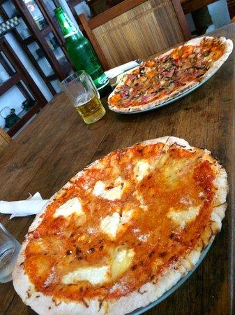 Mamma Mia: PIZZA QUATRE FROMAGES