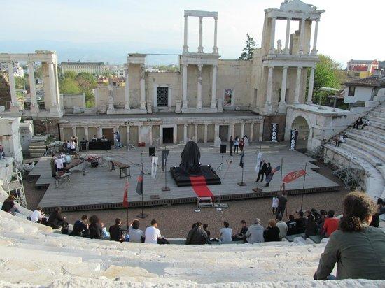 Plovdiv Roman Theatre: HBO promo in Roman theater Plovdiv