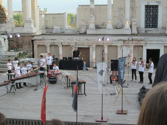 Plovdiv Roman Theatre: The children's orchestral performance of the theme music to Game of Thrones