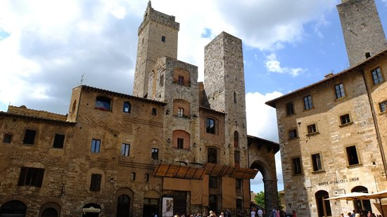 Walkabout Florence Tours : In San Gimignano