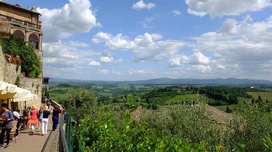 Walkabout Florence Tours : View of the Chianti area from San Gimignano