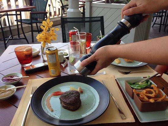 The Peninsula Bangkok: Wakoby Beef
