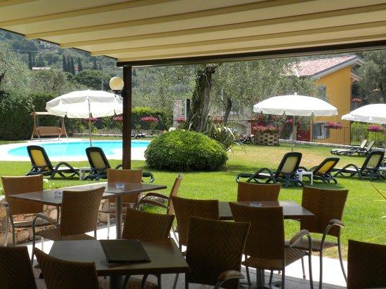 Hotel Benacus Malcesine: Snack bar