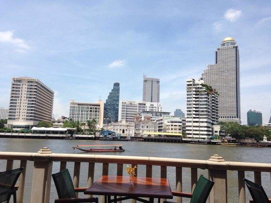 The Peninsula Bangkok: Skyline