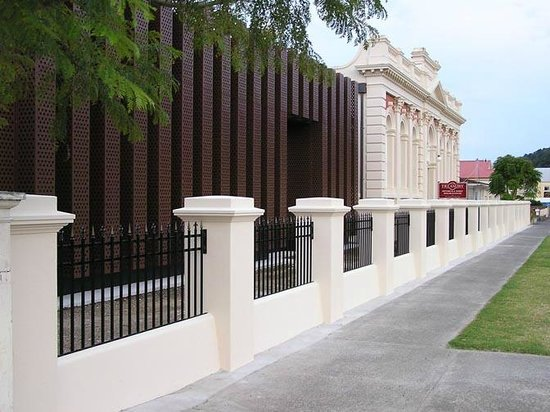 The Treasury: the modern archives building