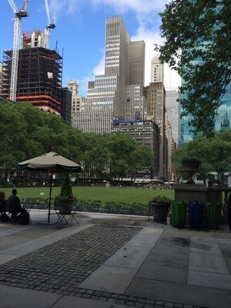 Andaz 5th Avenue: Bryant Park (Opposite Hotel)