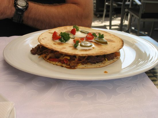 Ezaz Cafe and Bistro: Filet of Beef QUESADILLA