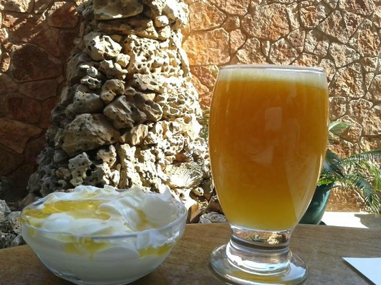Pension Dafni : Greek Breakfast for a power start into the day