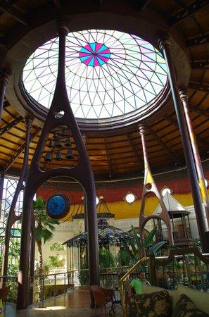 Cordial Mogan Playa: Skylight from inside