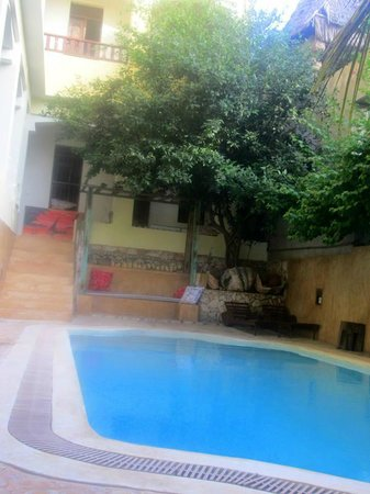 Msafini Hotel: the little nice pool