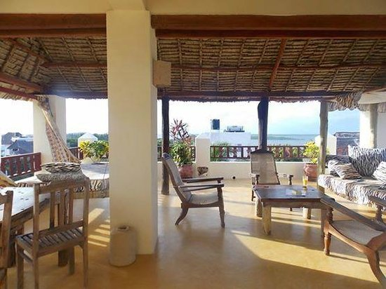 Msafini Hotel : 3rd floor balcony
