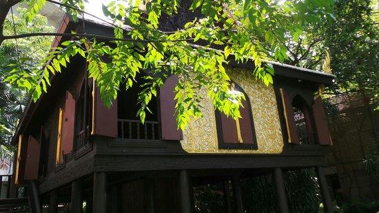 Suan Pakkad Palace Museum: The lacquer Pavilion