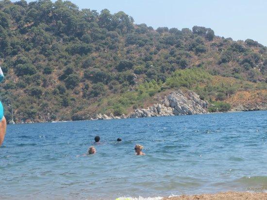Icmeler Beach: Жараааааа!)
