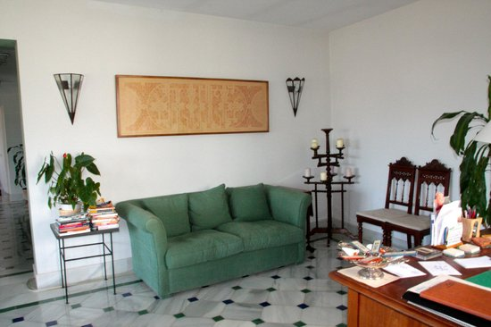 Carmen de la Alcubilla del Caracol: Reception seating area