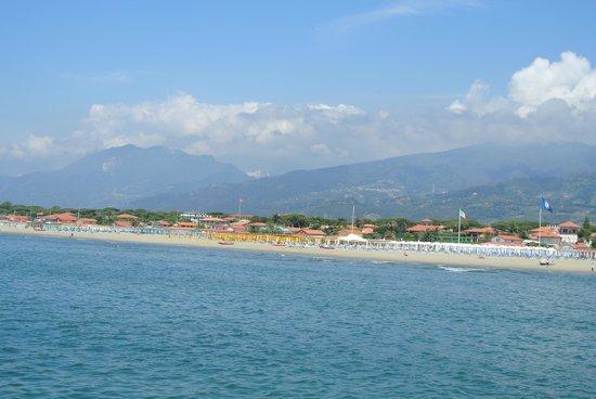 Bagno Angelo: Пляж