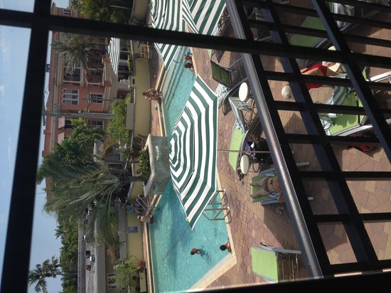 Inn on Fifth : view of pool from 359