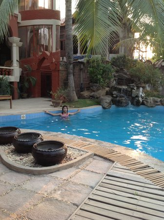 Kaday Aung Hotel: nice swimming pool
