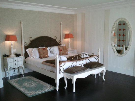 Hôtel Le Moulin De Madame : Chambre parfaite.