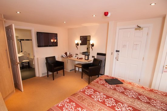 Ellerby Country Inn: Room 6 - our disabled access room
