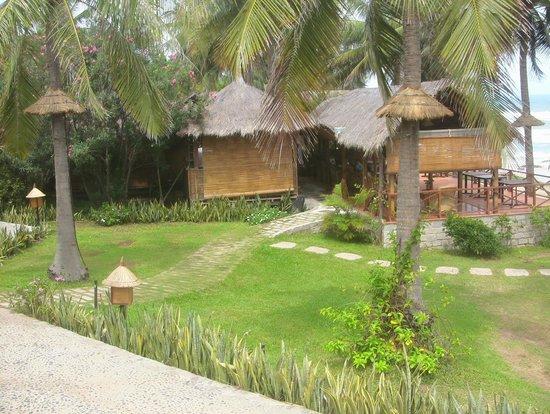 Victoria Phan Thiet Beach Resort & Spa : Территория