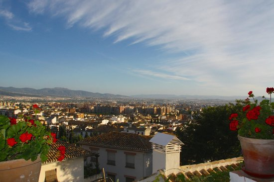 Carmen de la Alcubilla del Caracol: View from one of the terraces