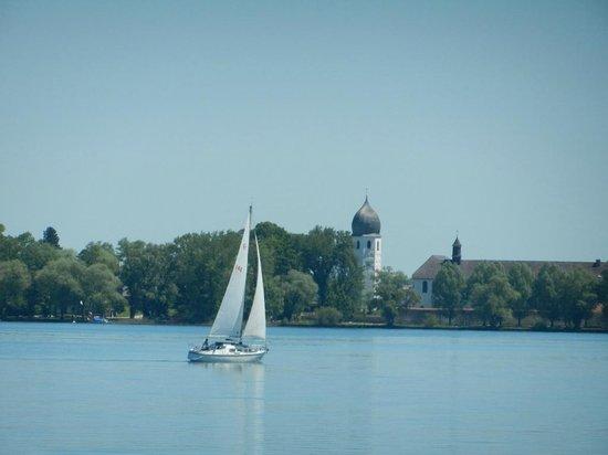 Chiemsee Schifffahrt: Lake Scene in May