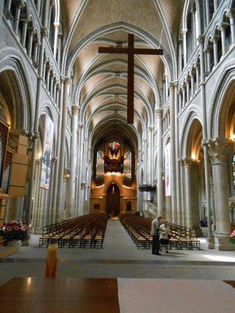 Cathédrale de Lausanne : La nef
