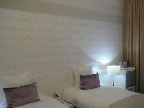 Hotel Nemzeti Budapest - MGallery by Sofitel: Room 405