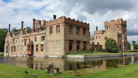 Oxburgh Hall: Talk a walk around the moat