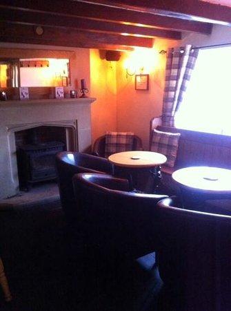 The Horseshoe Inn: cosy pub.