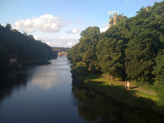 Cathédrale de Durham : The Cathedral above the River Wear