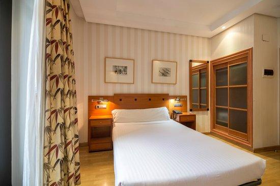Petit Palace Preciados: Guest Room