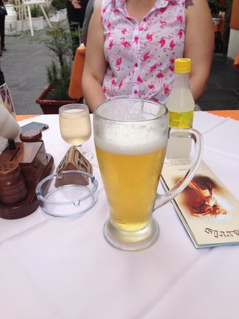 Tavern Sarris: Giant Beers for under €3!
