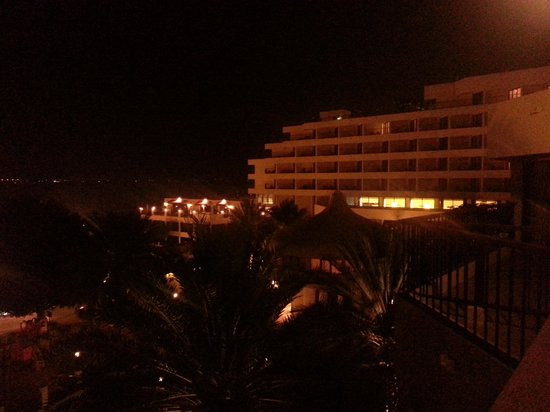 Danat Al Ain Resort : A quiet evening