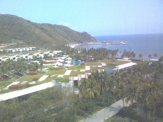 InterContinental Sanya Resort: Ariel view of resort from 9th floor