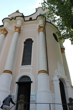 Wieskirche: Side of church.