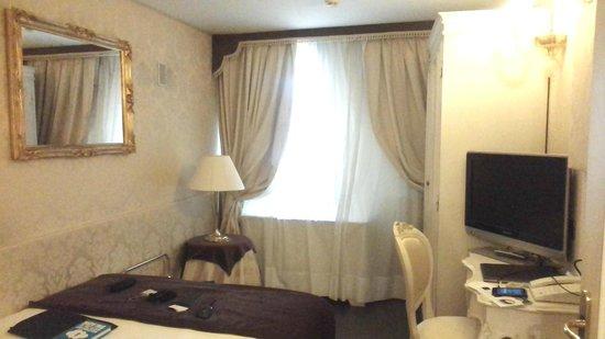UNA Hotel Venezia: Room 504 -- try to avoid