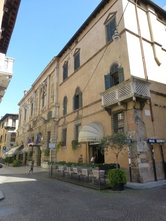 Accademia Hotel: the hotel