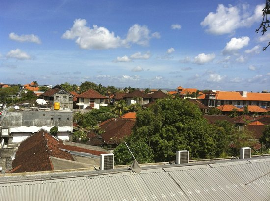 The Akmani Legian : roof top