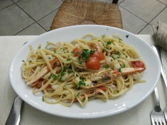 Sicilia In Bocca da Salvo : Linguini fruite de mari