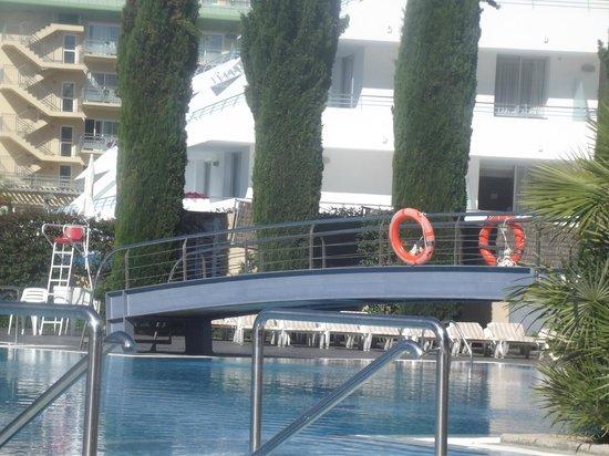 Aqua Hotel Onabrava & Spa: The pool