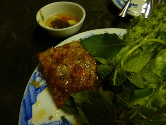 Quan An Ngon : Crab & Pork Spring Roll
