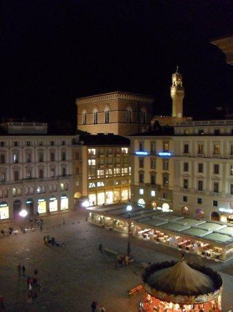 Hotel Pendini: over the square at night
