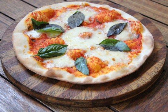 Tuscana Pizzeria: Margerita