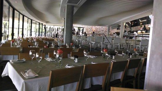 Two Oceans Restaurant: vista interna