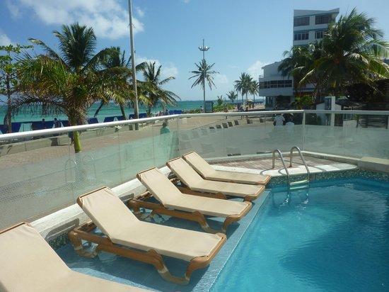 Hotel Bahia Sardina: Pileta