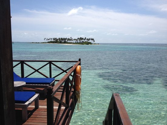 Olhuveli Beach & Spa Maldives: The view from deck