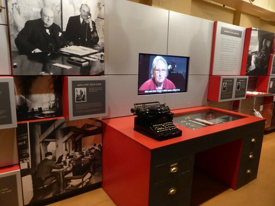 Churchill War Rooms: memorabilia and informative interviews play on screens