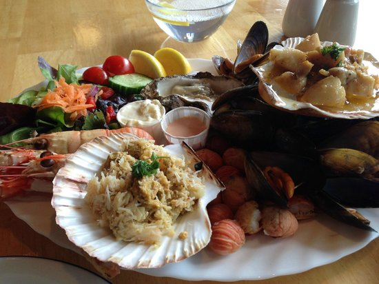 Kishorn Seafood Bar : Seafood Platter (2 can share)