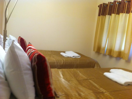 ABC Hyde Park Hotel: Twin Room